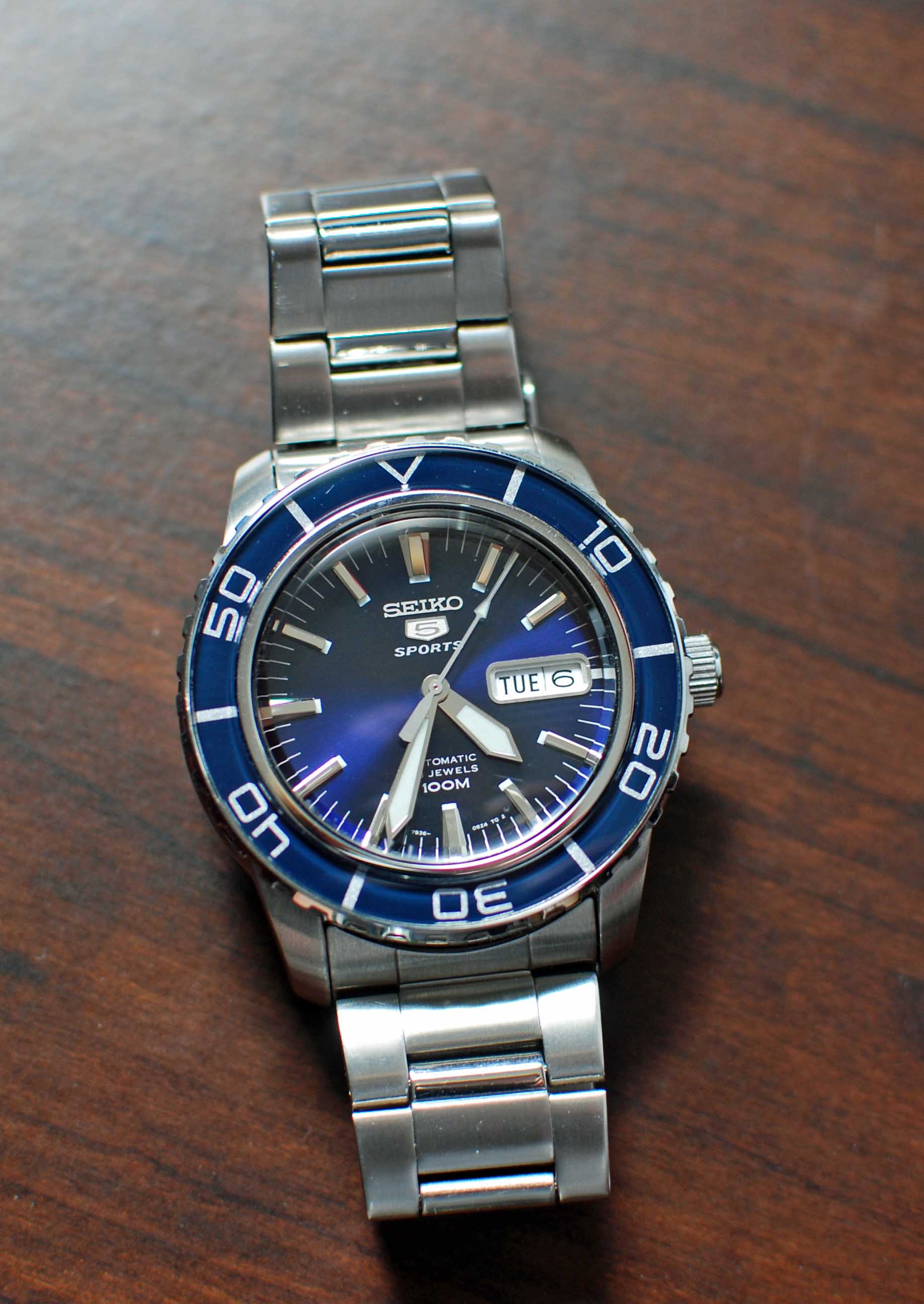 Automatic blue dial 40mm to 43mm - 40mm dive watch ...